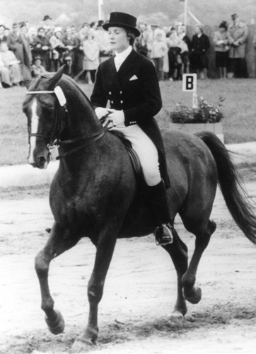Kessica Ranshousen competing in Aachen on her way to the Rome Olympics in 1960.