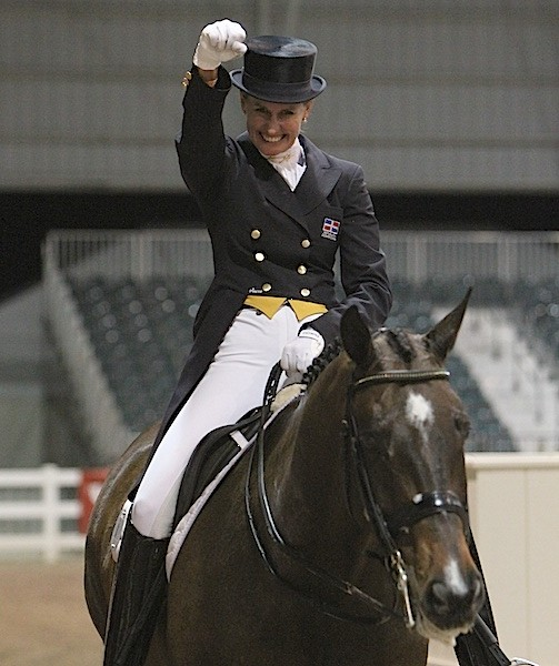 Yvonne Losos de Muñiz and Liebling II in their quest to qualify for the London Olympics in 2012. © Ken Braddick/dressage-news.com