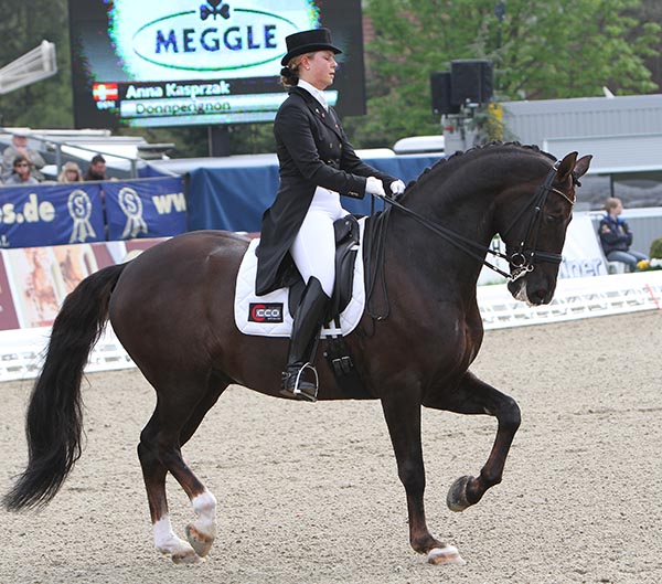 Anna Kasprzak and Donnperignon. © Ken Braddick/dressage-news.com