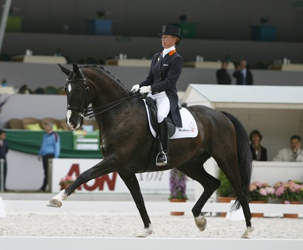 Anky van Grunsven and Salinero creating new Grand Prix world record of 81.33 per cent at Rotterdam in 2006. © Ken Braddick/dressage-news.com