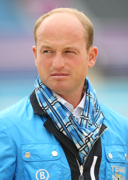 Michael Jung, world's No. 1, in blue. © 2012 Ken Braddick/dressage-news.com