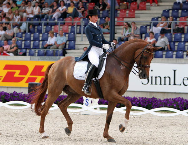 Monica Theodorescu riding Whisper. © Ken Braddick/dressage-news.com