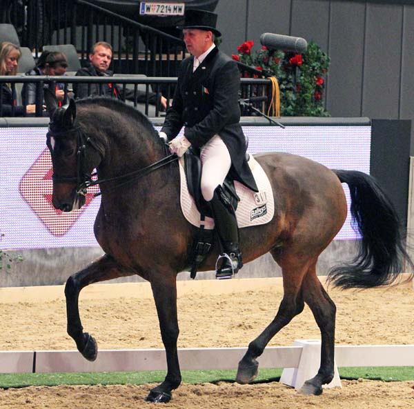 Dane Rawlins competing on Sydney. File photo. © Ken Braddick/dressage-news.com