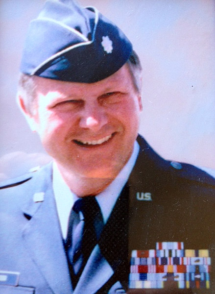 Axel Steiner as a U.S. Air Force lieutenant colonel.