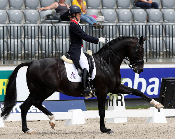 Charlotte Dujardin riding Uthopia at Rotterdam. © 2013 Ken Braddick/dressage-news.com