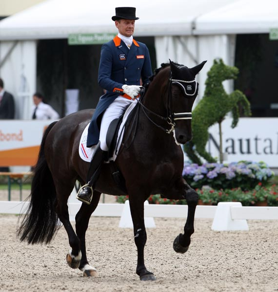 Edward Gal and Glock's Undercover in the Rotterdam Nations Cup. © 2013 Ken Braddick/dressage-news.com