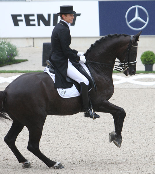 Edward Gal and Vice. © Ken Braddick/dressage-news.com