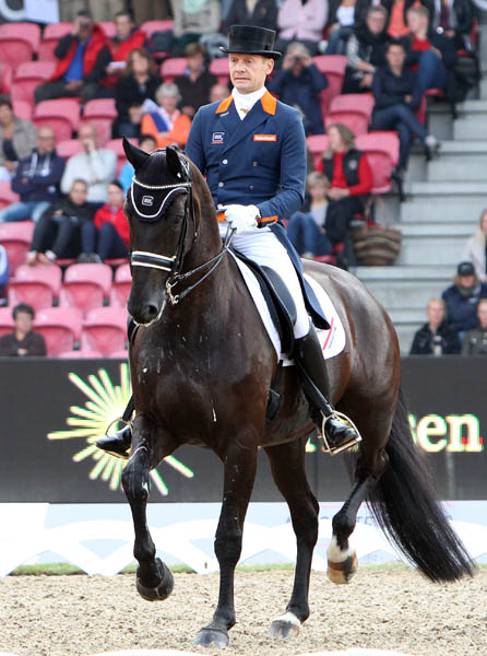 Edward Gal and Glock's Undercover. © 2013 Ken Braddick/dressage-news.com