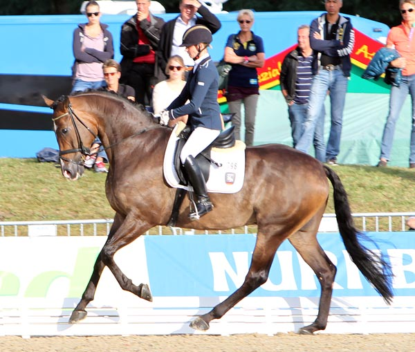 Eva Möller and Sa Coeur displaying the canter that scored 9.8. © 2012 Ken Braddick/dressage-news.com