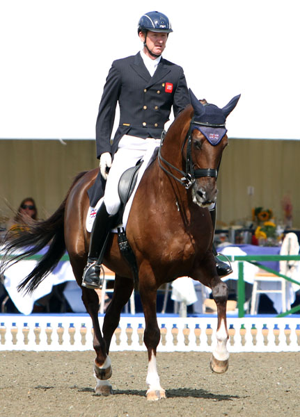 Great Britain's Gareth Hughes on DV Stenjkers Nadonna. © Ken Braddick/dressagenews.com