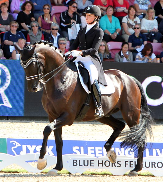 Danielle Heijkoop and Kingsley Siro. © 2013 Ken Braddick/dressage-news.com