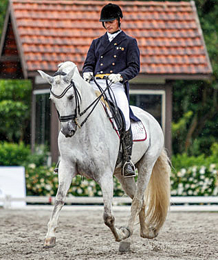 Edneu Senhorine and Xaparro do Vouga in the Grand Prix Special. Photo: Luis Ruas