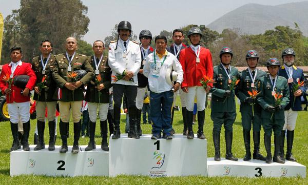 Eventing medal teams Ecuador (gold), Peru (silver) and Colombia (silver).