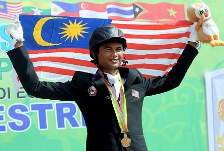 Praveen Nair Mathavan celebrating individual gold at the Southeast Asia Games. Courtesy: BERNAMA