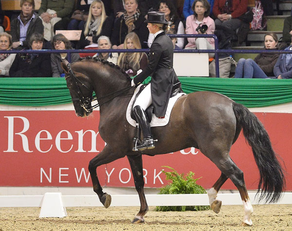 Anna Kasprzak riding Donnperignon to be runnerup in sixth qualifying round of the World Cup™ Dressage Western European League. © 2014 Karl-Heinz Freiler/FEI
