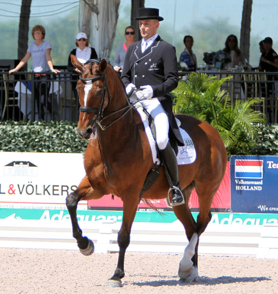 Lars Petersen and Mariett. © Ken Braddick/dressage-news.com