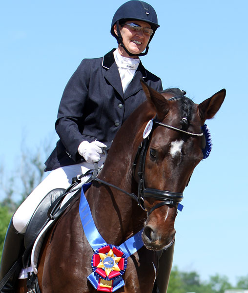 Hemmingway ridden by Angela Jackson. © 2014 Ken Braddick/dressage-news.com