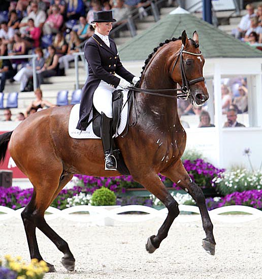 Kristy Oatley and Eonan 2. © Ken Braddick/dressage-news.com