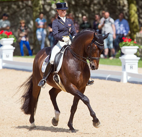 Victoria Max-Theurer riding Augustin OLD to victory in the Achleiten CDI4* Freestyle. © 2014 Michael Rzepa