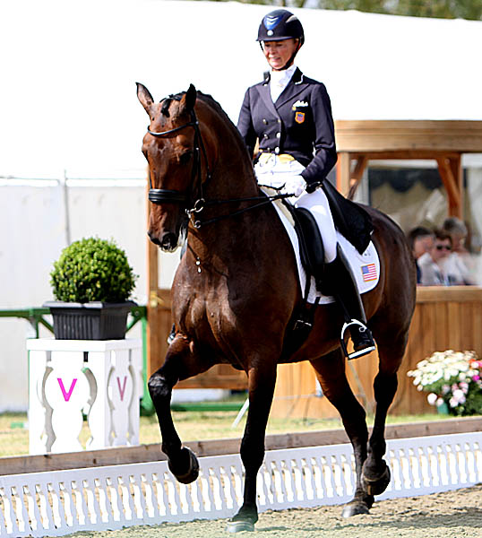 Katherina Bateson-Chandler on Wellnetta inthe Hickstead Nations Cup Grand Prix. © 2014 Ken Braddick/dressage-news.com