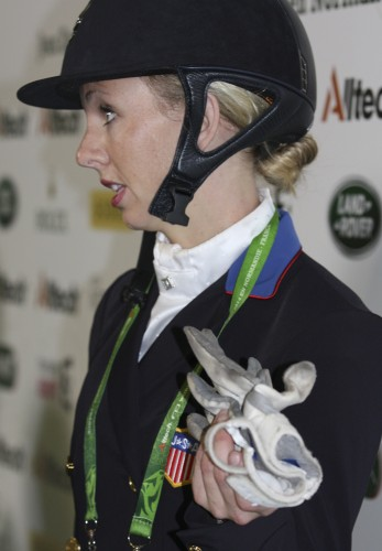 Laura Graves is eloquent in the press meeting right after her ride © Ilse Schwarz dressage-news.com