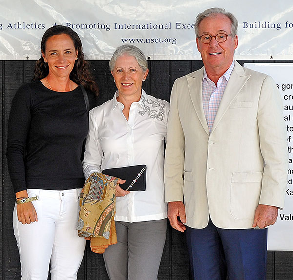 Claudine and Fritz Kundrun with Allison Brock. © dressage-news.com