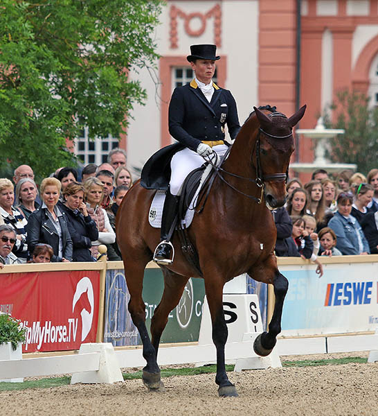 Isabell Werth on Don Johnson in the Wiesbaden CDI4* Grand Prix Special. © 2015 Ken Braddick/dressage-news.com