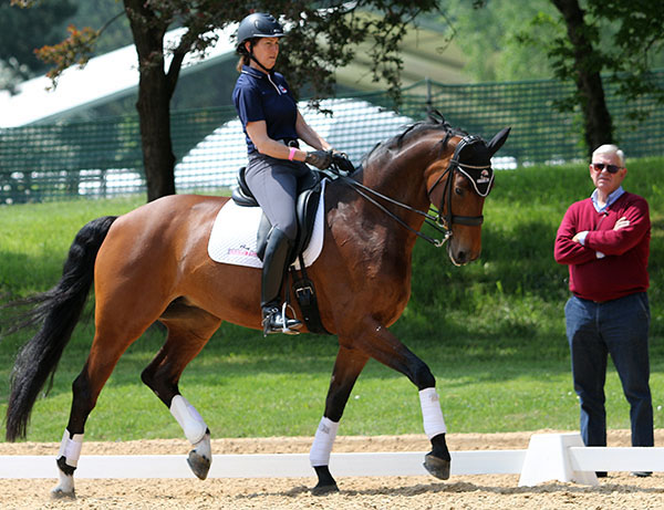 Kathleen Raine on Breanna being watched by Johan Hinnemann. © 2015 Ken Braddick/dressage-news.com