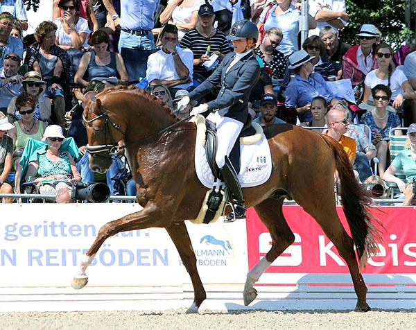 Emmelie Scholtens on Estoril, KWPN stallion (Zhivago x Gribaldi) that placed fifth on 8.8 in the World Six Year Old Championships. © 2015 Ken Braddick/dressage-news.com