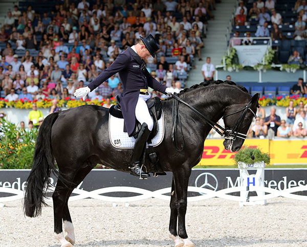 The final salute for Totilas by rider Matthias Alexander Rath at the European Championships. © 2015 Ken Braddick/dressage-news.com