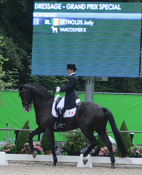 Ireland's Judy Reynolds on Vancouver K in the Rotterdam CDI3* Grand Prix Special. © 2016 Ken Braddick/dressage-news.com