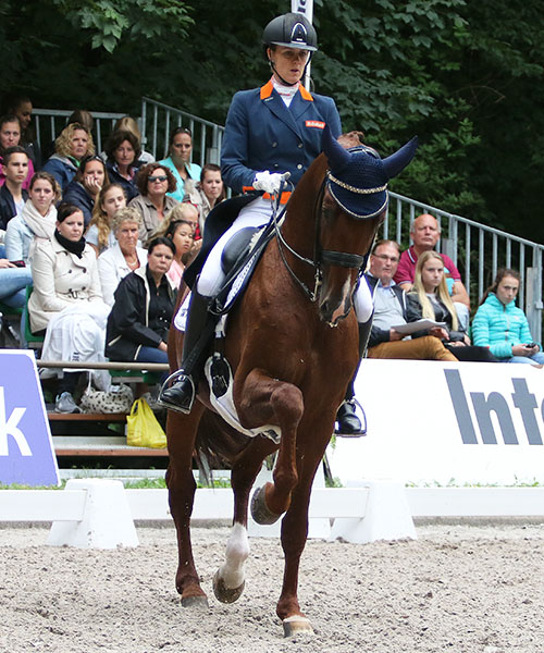 Madeleine Witte-Vrees and Cennin that led a Dutch sweep of the CDI3* Grand Prix Freestyle. © 2016 Ken Braddick/dressage-news.com